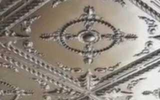 Варианты поклейки потолочной плитки на кухне