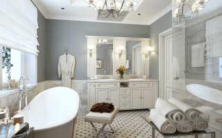 Классическая ванная с белым потолком и строгими линиями