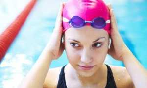 Как носить шапочку для плавания